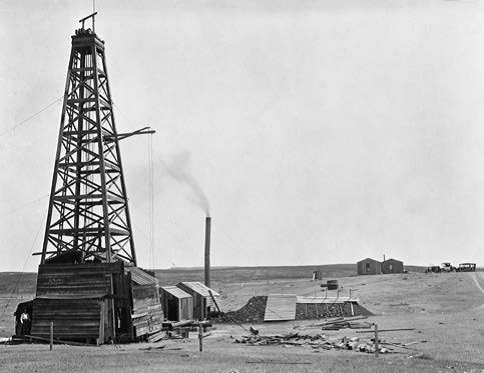 Cat Creek oil well, circa 1920s, Coulter Studio, Lewistown