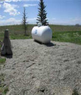 Propane tank with glass